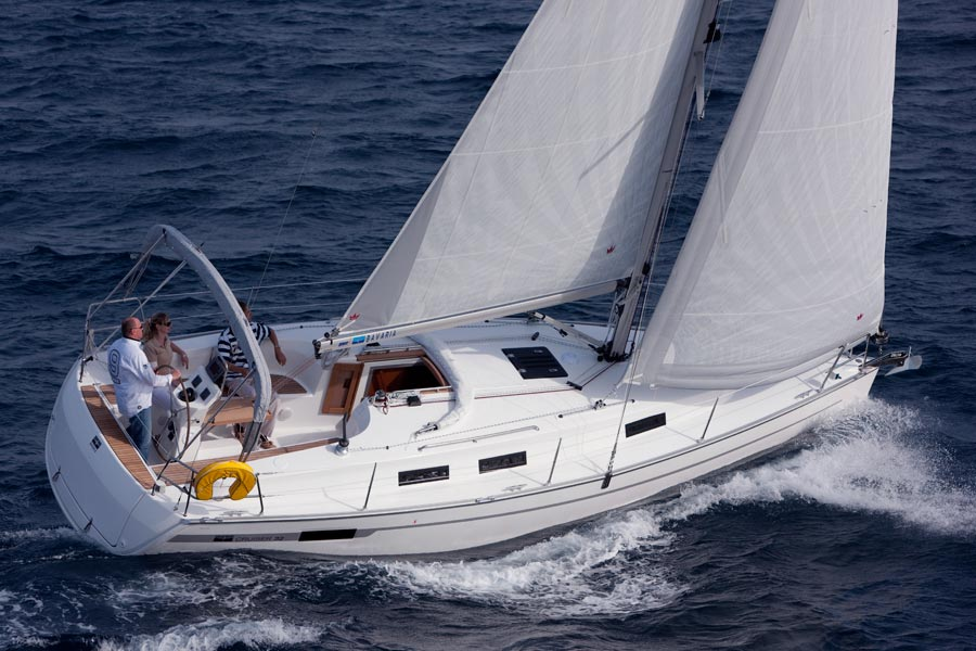 Bavaria 32 outside 1